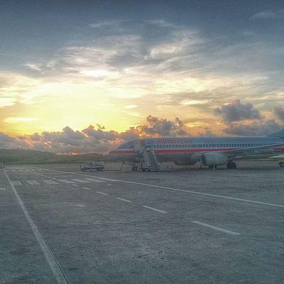 Ilivewhereyouvacation Grenada Wu_caribbean Westindies_pictures Islandlivity Ig_caribbean Islandlivity Instagram Iphone5s HDR Sunrise Sky_captures Skyporn Skyshooters Aa Americanairlines