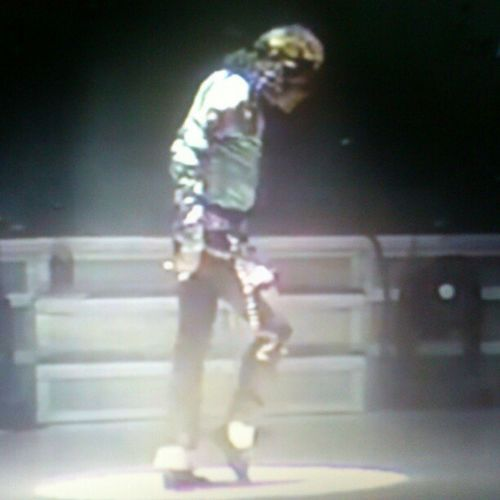 Michaeljacksson Michael Jacksson Moonwalk music thekingofop king of pop