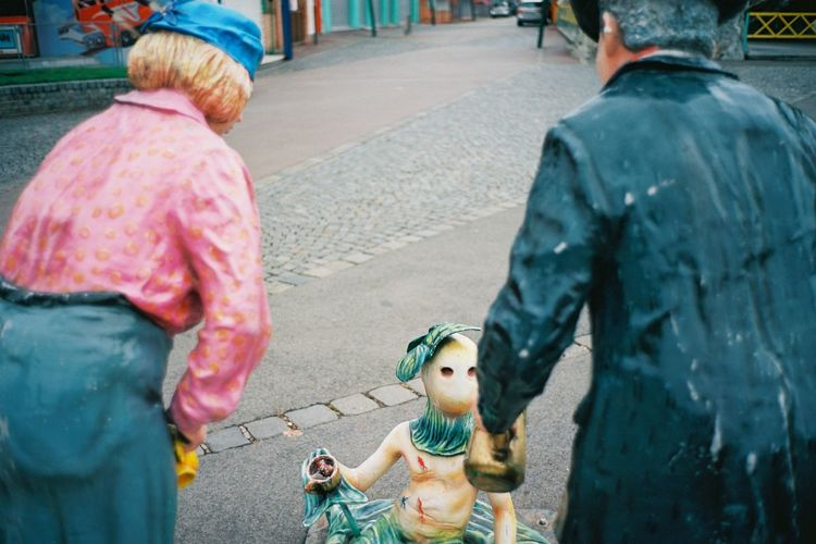 Prater Prater/Vienna Sculpture Nachsaison Closed Autumn Fall Early Morning Surreal Surrealism Street Streetphotography Analog Analogue Photography Leica Leicacamera Leicam6 A New Perspective On Life