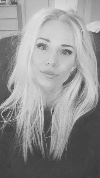 Shoot Blond Polishgirl Woman Slavic Selfie Blackandwhite