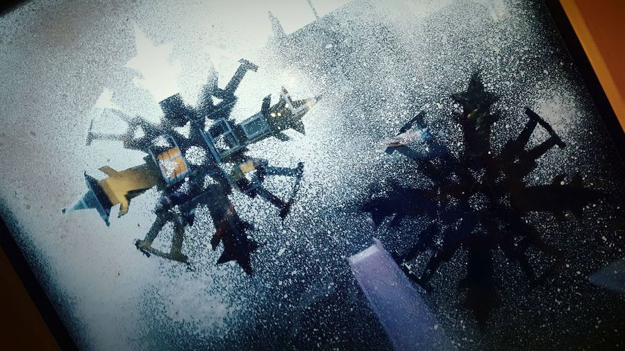 This Is Christmas day 5. Snowflakes Spray Window Transparent Frosted Glass