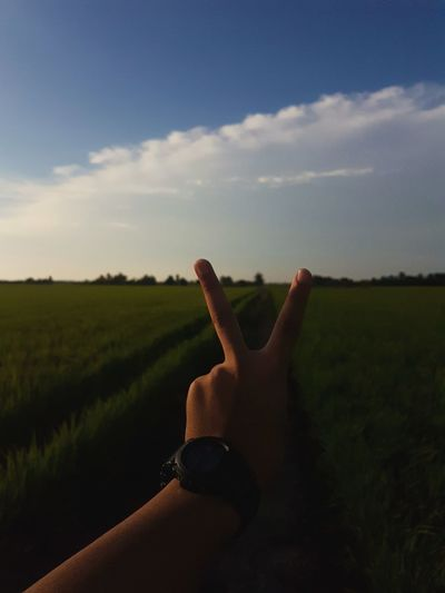 nature is the place to be when life gets hard. Human Hand Human Finger Sky Close-up Countryside Farmland Summer Exploratorium