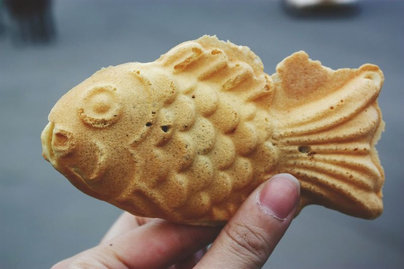 [ Seoul serie 10 ] Delicious red bean paste waffle to reconciliate people who don't like eating fish haha. 🐟😅✨ Food Foodporn Foodie Yummy Fish Delicious Asian  Street Food Seoul Korea