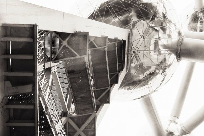 Low Angle View Building Exterior Built Structure Architecture World Expo 1958 Architecture Architectural Design Tourism Destination Architecture Details Science And Technology Black And White Collection  Atomosphere Technology Point Of View Atomic Atomium Science Fiction Sphere Architecture Photography Black And White Photography Reflection_collection Architectural Detail Low Angle View Noir Reflections Black And White Friday