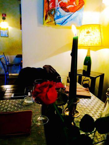 killing me softly Night Killing Me Softly Restaurant Restaurant Decor Candellight Candel Romantic Place Romanticism Romantic Rose🌹 Roses Rose - Flower