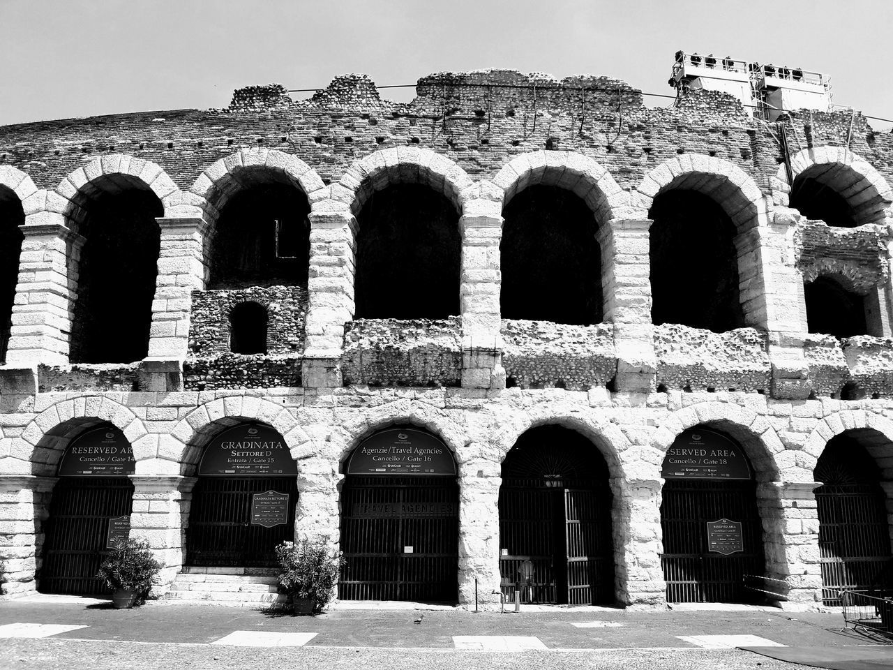 arch, architecture, old ruin, built structure, history, ancient, building exterior, the past, outdoors, day, no people, travel destinations, ancient civilization, sky
