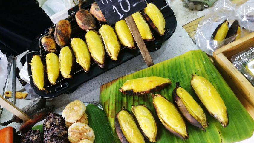 bar-b-q banana 😊😊 #thailandonly Banana Fruit Dessert Thai Food Cooked Healthy Lifestyle Barbecue Vegetable Grilled Gourmet Close-up Food And Drink Banana Peel