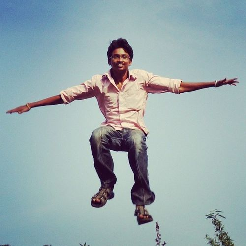 Throwback Myfavpics Flying_up_in_the_air 4 years back Picoftheday