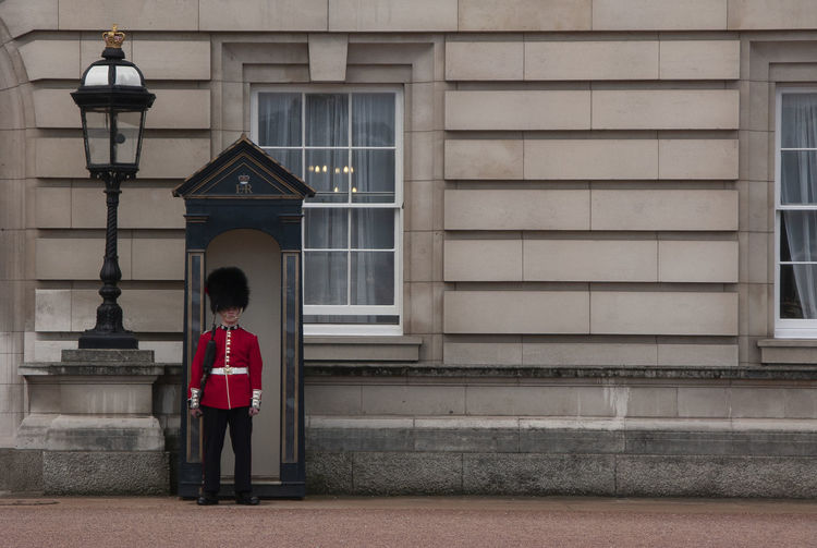 ON GUARD Buckingham Palace Government Building London Soldier Soldiers Travel Uniform Building Exterior England Guard Guard House One Person Royal Single Person