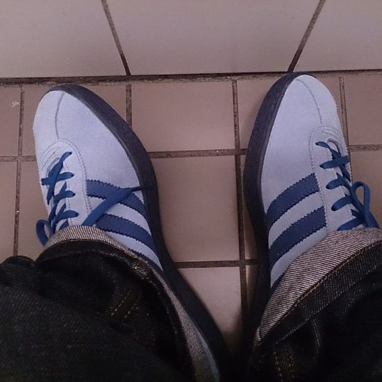 Damn do i like them... Todaystrotters Todaystrainers Teamtrefoil Supercasual_ Adidastahiti Adidasislandseries Thebrandwiththethreestripes Adiporn Thebluebox Ramon085 Adidas Originals