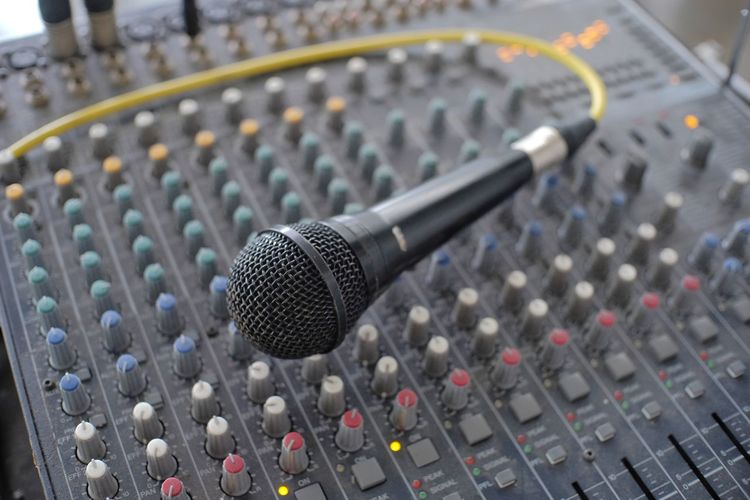 Microphone on mixer audio console