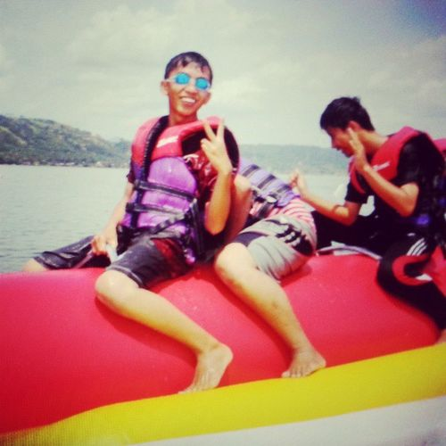 Pisang Ngapung. With @afdale Ikhsan Yogi . Vacation Happy