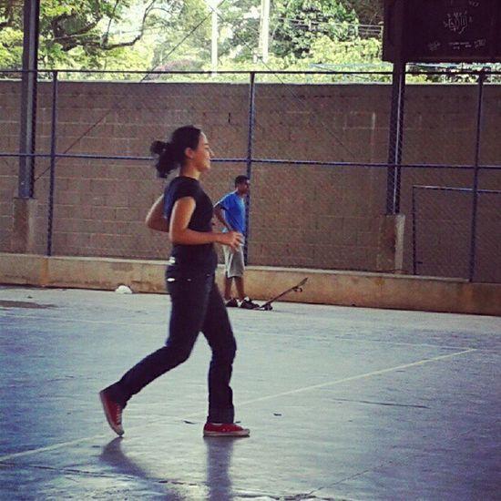 Corre pra pegar a bola! kkkk Volei Fitness