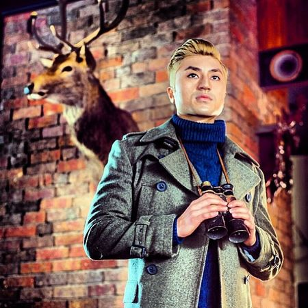 On the hunt @jz84 Mens Fashion Autumnwinter Photoshoot