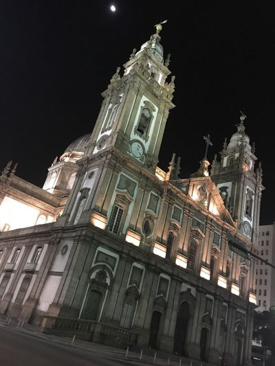 Architecture Building Exterior Built Structure Religion Night Low Angle View Church Spirituality Place Of Worship Cathedral Sky Clock Tower Illuminated History City Façade Outdoors Architectural Feature Tall - High Arch