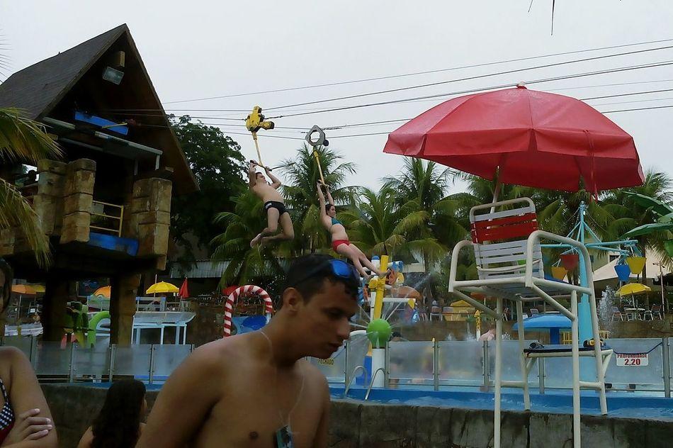Zipline Pool Piscina Tirolesa Parqueaquatico Waterpark Thermasdoslaranjais Olímpia-SP São Paulo Sao Paulo - Brazil Diversão Fun