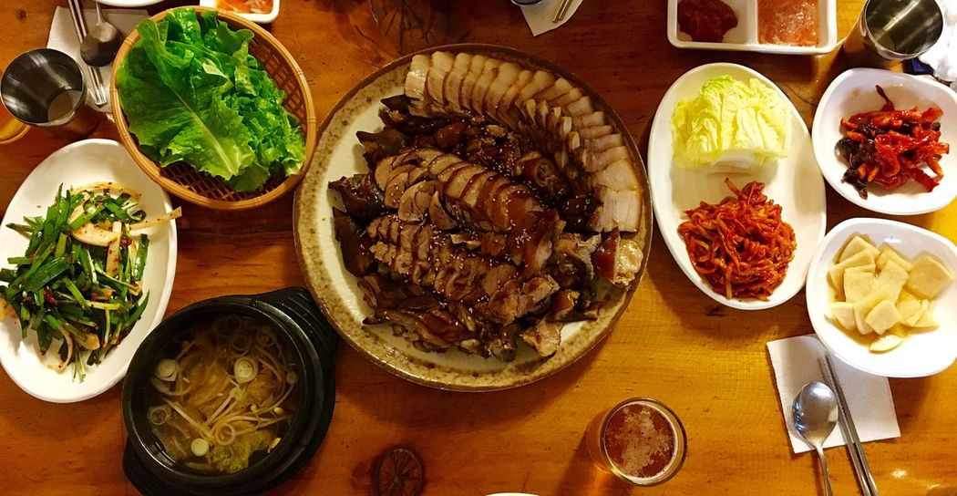 Korean Food Healthy Food Food Yummy Dinner With Friends Hello World Check This Out Enjoying Life Pork Eating Eating Healthy Enjoing A Meal