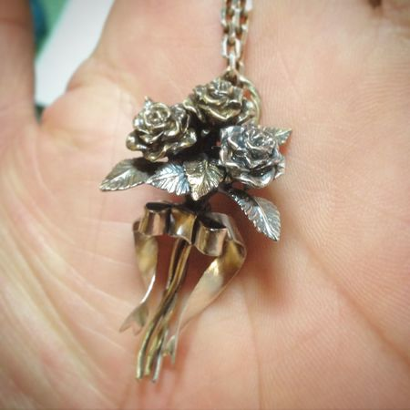 Hand Made Jewelry Silveraccessories Brass Roses Pendants Necklace Made To Order Hello World