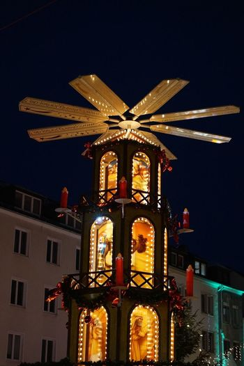 Weihnachtsmarkt Illuminated Night Building Exterior Architecture Built Structure Sky City Christmas Christmas Decoration