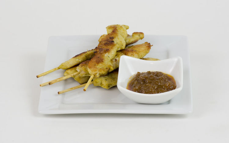 Chicken Satay with peanut sauce Chicken Appetizer Close-up Deep Fried  Detail DIP Food Food And Drink Freshness Fried No People Peanut Ready-to-eat Satay Sauce Snack Starter Still Life Studio Shot White Background