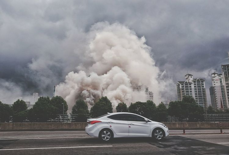 Korea Photos Fire With Smoke On The Road In The Car From My Point Of View Taking Photos Light And Shadow Streamzoofamily The Photojournalist - 2017 EyeEm Awards