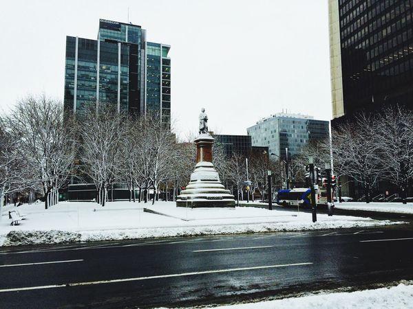 Reine des neiges / Snow Queen Squarevictoria Hiver Winter Montréal Quebec Canada Urbanphotography