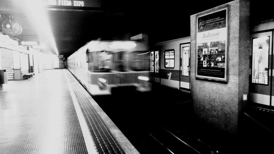 Una vita da metrò Urban Lifestyle Underground Metropolitan Milano Cadorna Nellacity