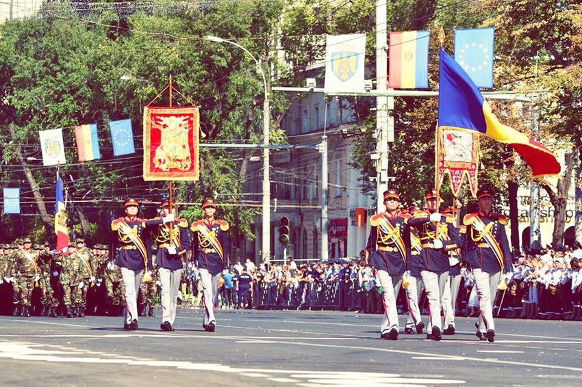 Solider Salutes Republic Of Moldova Independence Day Parade Time Celebration Parade