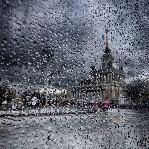 Natgeo Natgeocreanive Moscow Travel walk look like city москва вднх дождь