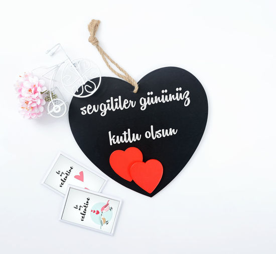 Drawing - Art Product Handwriting  Happy Valentine's Day Heart Shape Love No People Romance Sevgililergunu Sevgililergününüzkutluolsun Text Valentine's Day  Valentine's Day - Holiday
