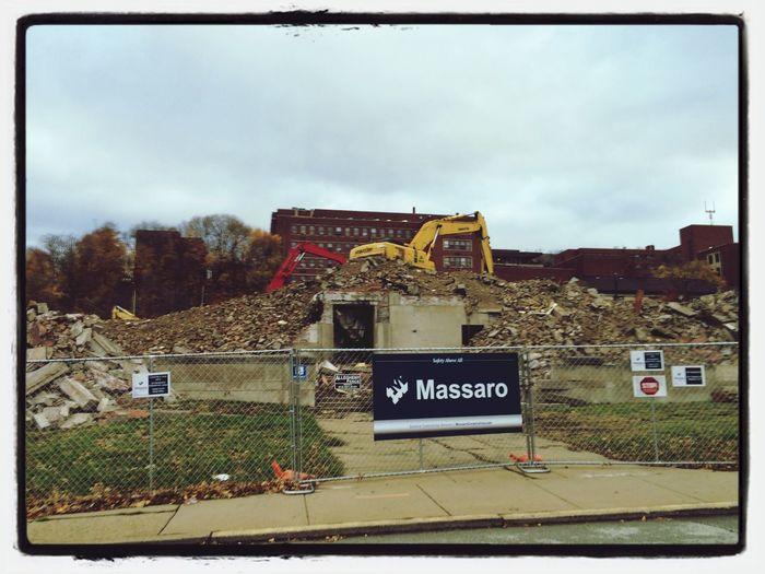 Ex-building Progress Destruction