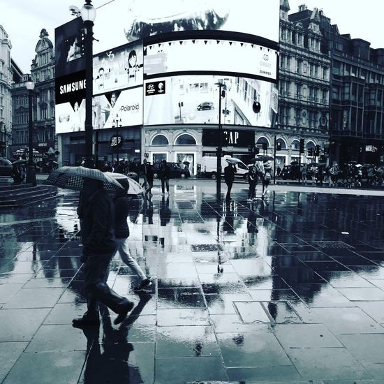 Piccadilly on a wet day