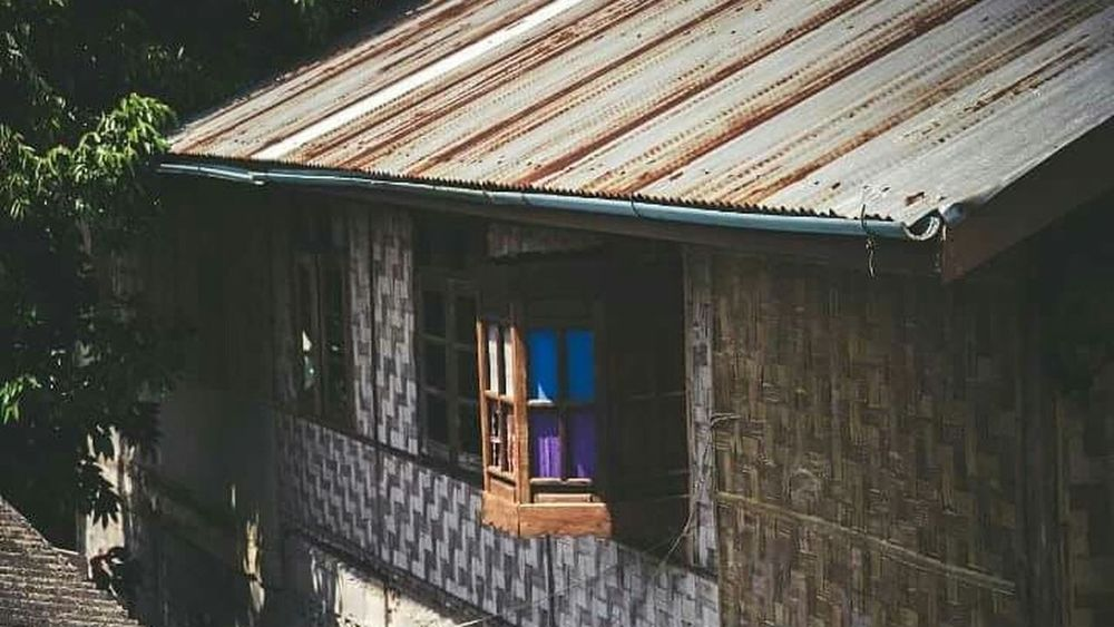 Sangklaburi Colorglass Sangkhlaburi Nature Home Differrent House Outdoors Architecture Built Structure Roof No People Building Exterior Day