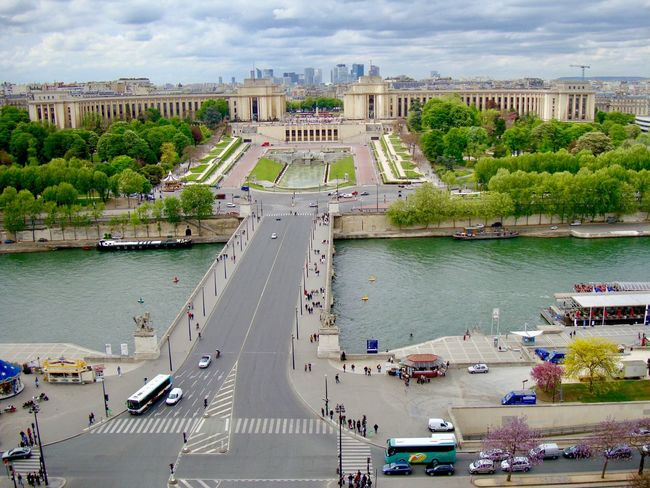Paris City Life Travel Photography France Paris, France  France 🇫🇷 Travel Paris ❤ Water Paris, France  City Street Urban Urban Geometry Waterfront Travel Destinations Boat Boats⛵️ Water Boat Outdoors Day