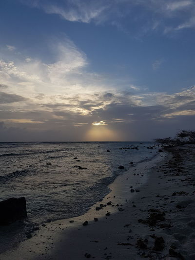 puurnatuur Aruba Photography No People Noedit Nofilter Phoneography Samsungphotography Island Beach Beachphotography Sunset Cloud - Sky Water Reflection Water Low Tide Sea Sunset Beach Beauty Wave Sand Summer Blue Surf Seascape Coast Crashing Flowing Water Coastal Feature