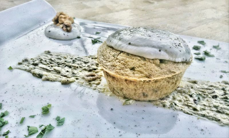 Basta un pizzico di fantasia per cucinare un piatto fuori dal comune! Flan di zucchine e noci, con fonduta di formaggio sul letto di salsa di zucchini! Tuscany Cucina Toscana Ristorante Italiano Foodspotting Foodporn Firenze Foods Igersitalia Igertoscana Igerssiena