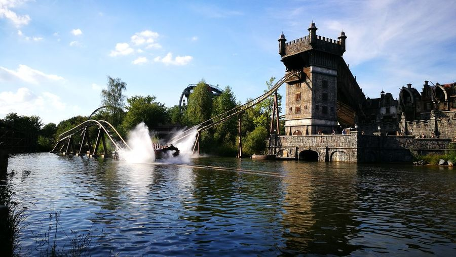 Water Waterfront Architecture Built Structure Fountain Motion Building Exterior Travel Destinations Sculpture River Rippled Statue Famous Place Sky Spraying Tower Stone Material In Front Of Splashing Outdoors efteling Devliegendehollander