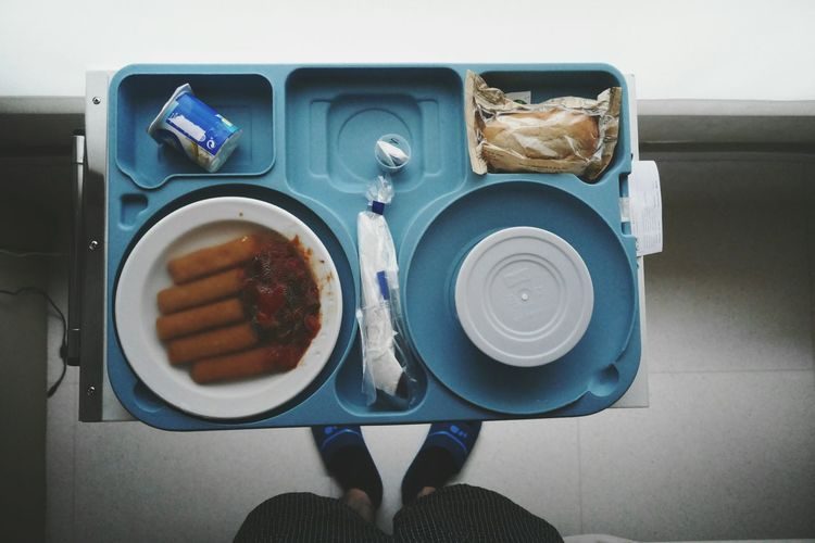 Food tray in