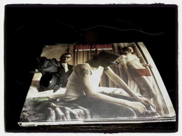 "Deadcombo music CD earphones ""A Bunch of Meninos"" Dead Combo"