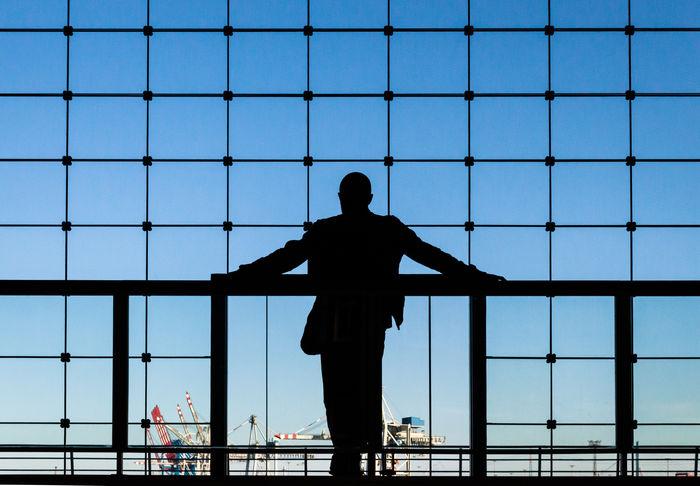 silhouette in Hamburger Hafen Hanging Out Enjoying Life