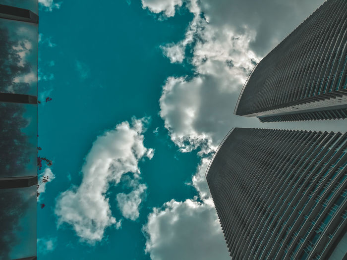 clouds in the city Modern Blue Tree Business Finance And Industry Sky Architecture Cloud - Sky Urban Scene
