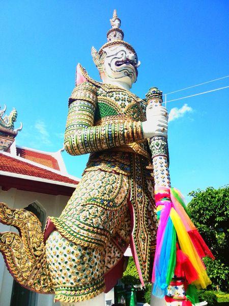 Gigantic Gigantic Funtimes Happyday Temple Shrug Verybig สวยงาม Thailand Only Wat Arun
