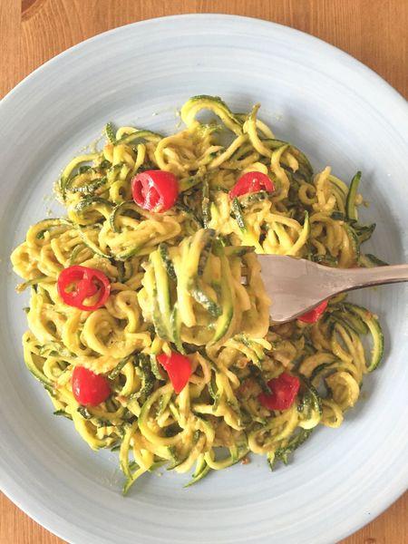 Zoodles Courgette Zucchini Noodles  Spaghetti Vegan Avocado Driedtomatoes Spaghetti Di Zucchine Healthyfood