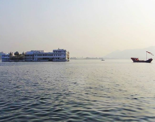 Time you spend here sitting, is not wasted time. Udaipur Udaipurblog AmbraiGhat Lakepalace Royal Sunnyday Indiapictures _soi _oye Sony Hx100v Daylight Mericity Storiesofindia Indiaclicks _indiasb