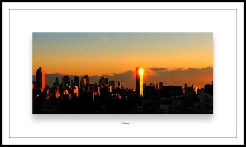 Smart Simplicity Buildings Buidlingporn Sunshine Sunset Sun_collection Sunset_collection Open Edit Buiding #caracas #plazavenezuela #bw #bn Hello World