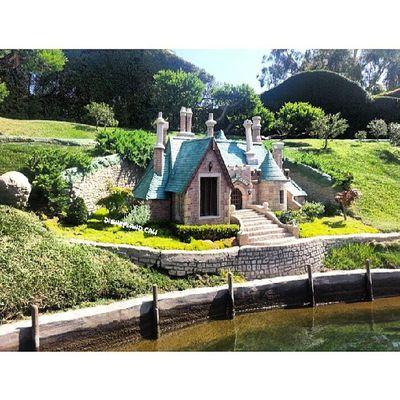 Mr.Toads house! :) Disneyland Disneyrides Disneylandresort Disneyland_cali storybookcanal mr.toadshouse