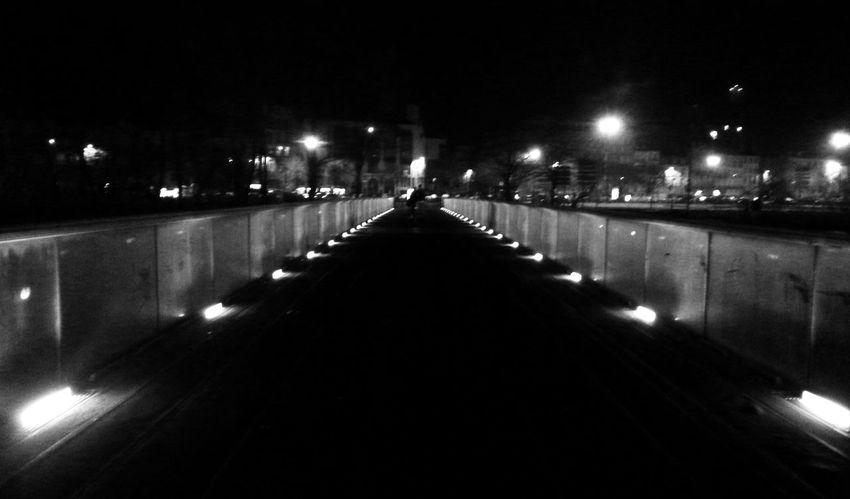 Monochrome Blackandwhite Light And Shadow Taking Photos