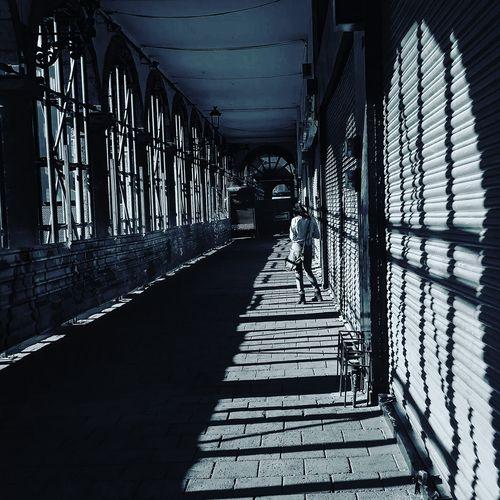 Lines & shadows