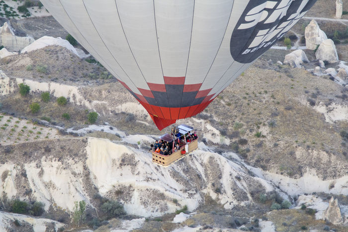 A Bird's Eye View Adventure Balloon Beauty In Nature Challenge Extreme Sports Hot Air Balloon Journey Kapadokya Leisure Activity Lifestyles Mode Of Transport Motion Mountain Nature Recreational Pursuit Sport Tourism Tourist Transportation Travel Travel Destinations Turkey Unrecognizable Person Vacations