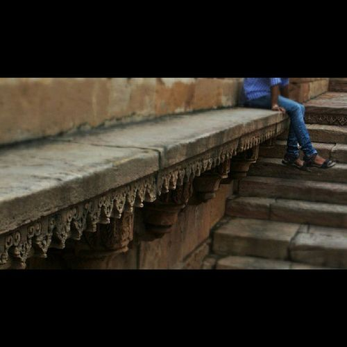 Instagram_ahmedabad Instameet4 .0 Adalajstepwell Technofreaks Clickographer Clickography Photographer Photography Inataboy Instagram Instafun Instaclick Instamoment Inataboy Doubletap Like Facebook Indian Gujju Gujarati Jain Jainism Jainamsheth Thesheth Guy chilling ladders historical steps